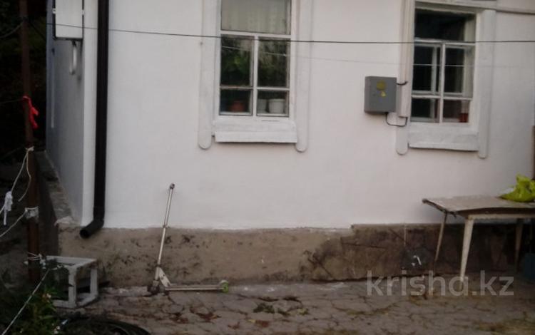 3-комнатный дом, 50 м², 3 сот., Таирова — Рыскулова за 11 млн 〒 в Алматы, Медеуский р-н