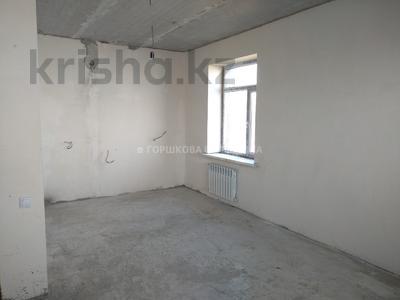 2-комнатная квартира, 50 м², 1/3 этаж, Тельмана 1/2 за ~ 8.3 млн 〒 в Караганде, Октябрьский р-н