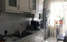 6-комнатная квартира, 330 м², 11/12 этаж, Кенесары — Республики за 114 млн 〒 в Нур-Султане (Астана), Алматы р-н