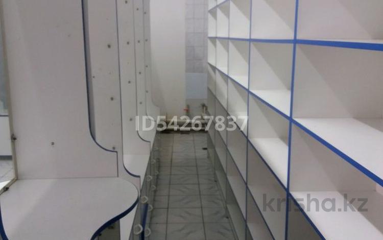 Магазин площадью 27 м², Пр. Суйинбай 192 — Ниже ул. Бекмаханова за 80 000 〒 в Алматы, Турксибский р-н