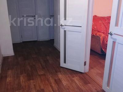 1-комнатная квартира, 40 м², 1/9 этаж посуточно, Докучаева за 4 000 〒 в Семее