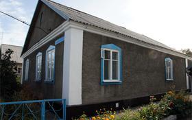 4-комнатный дом, 90 м², 3 сот., Чичерина за 8 млн ₸ в Караганде, Октябрьский р-н
