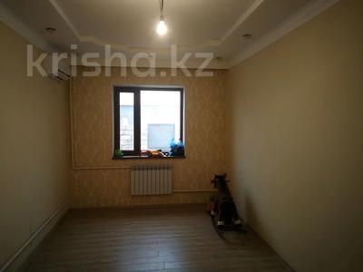 7-комнатный дом, 250 м², 10 сот., Шеркала 11/76 за 9 млн 〒 в Батыре — фото 12