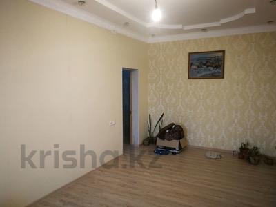 7-комнатный дом, 250 м², 10 сот., Шеркала 11/76 за 9 млн 〒 в Батыре — фото 13