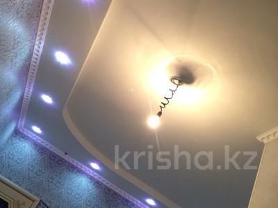 7-комнатный дом, 250 м², 10 сот., Шеркала 11/76 за 9 млн 〒 в Батыре — фото 3
