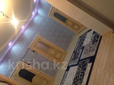 7-комнатный дом, 250 м², 10 сот., Шеркала 11/76 за 9 млн 〒 в Батыре — фото 4
