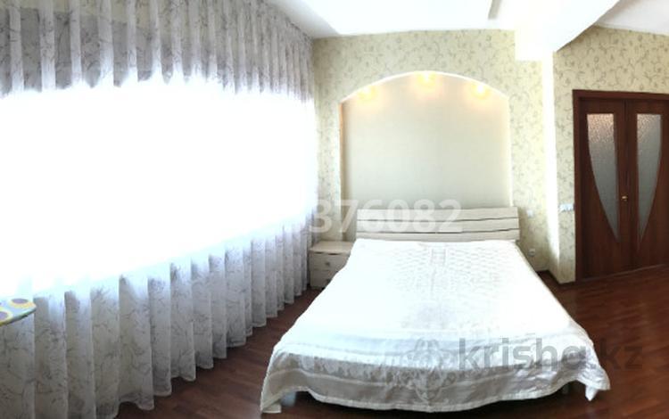 2-комнатная квартира, 75 м², 9/36 этаж, Достык 5 за 27 млн 〒 в Нур-Султане (Астана), Есиль р-н
