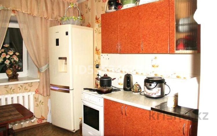 2-комнатная квартира, 55 м², 6/16 этаж, улица Карменова 11А за 9.5 млн 〒 в Семее