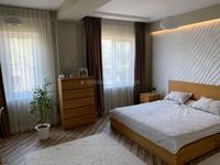 2-комнатная квартира, 65.8 м², 1/4 этаж