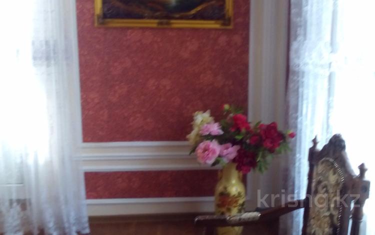 5-комнатный дом, 363 м², 4 сот., Достык 25А за 60 млн ₸ в Талдыкоргане