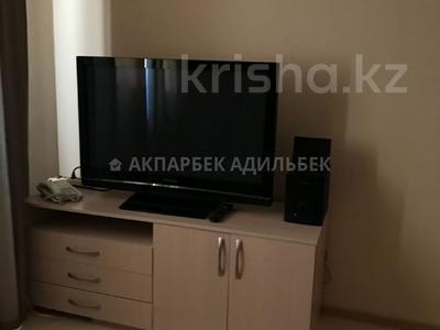 2-комнатная квартира, 70 м², 7/9 эт. помесячно, Иманбаевой 5 за 130 000 ₸ в Нур-Султане (Астана), р-н Байконур — фото 6