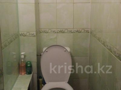 5-комнатная квартира, 107.7 м², 1/3 эт., ул. С. Сейфуллина за 25 млн ₸ в Астане, р-н Байконур — фото 11