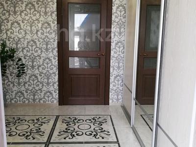 4-комнатный дом, 120 м², 4 сот., Партизанская — Ауэзова за 28 млн 〒 в Петропавловске — фото 2