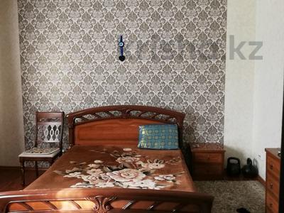 4-комнатный дом, 120 м², 4 сот., Партизанская — Ауэзова за 28 млн 〒 в Петропавловске — фото 4