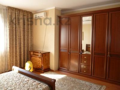 2-комнатная квартира, 71 м², 5/14 этаж, Толе Би за 22.5 млн 〒 в Алматы, Алмалинский р-н — фото 2