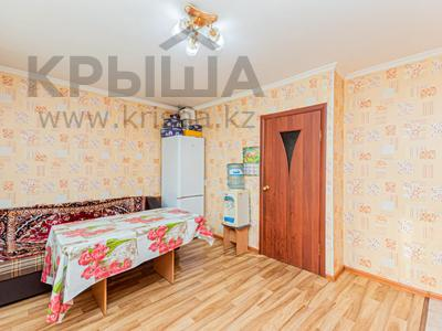 3-комнатная квартира, 75.9 м², 2/5 этаж, Суворова 14 — Конституции за 17 млн 〒 в Нур-Султане (Астана), Сарыарка р-н — фото 11
