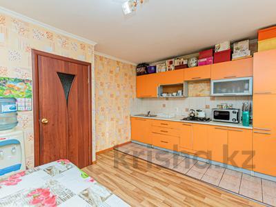 3-комнатная квартира, 75.9 м², 2/5 этаж, Суворова 14 — Конституции за 17 млн 〒 в Нур-Султане (Астана), Сарыарка р-н — фото 20