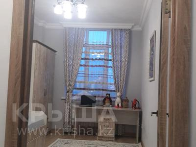 2-комнатная квартира, 50 м², 4/9 этаж, Ильяса Омарова 27 — Сарайшик за 20 млн 〒 в Нур-Султане (Астана), Есильский р-н — фото 11