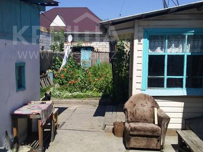 2-комнатный дом, 42 м², 240 сот., 8ая Краснознаменная 12А — Койшыбаева за 7.5 млн 〒 в Семее — фото 2