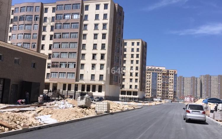 4-комнатная квартира, 160 м², 8/9 этаж, 17-й мкр 29 за 27.8 млн 〒 в Актау, 17-й мкр