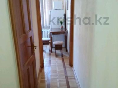 1-комнатная квартира, 38 м² посуточно, Наурызбай батыра — Макатаева за 6 000 ₸ в Алматы — фото 8