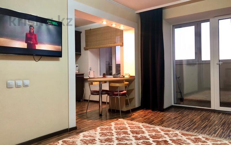 2-комнатная квартира, 55 м², 6/11 эт. посуточно, Казахстан 72 за 12 000 ₸ в Усть-Каменогорске