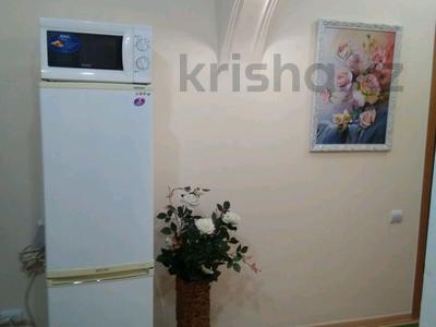 1-комнатная квартира, 40 м² посуточно, Наурызбай батыра — Жибек жолы за 6 000 ₸ в Алматы — фото 3