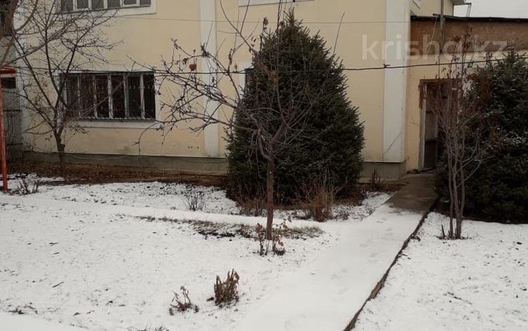 8-комнатный дом, 240 м², 8 сот., Ул.Алтын Орда за 22 млн ₸ в Каскелене