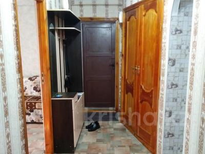 3-комнатная квартира, 60 м², 3/5 этаж, проспект Республики 74 за 15.8 млн 〒 в Нур-Султане (Астана), Сарыарка р-н — фото 6
