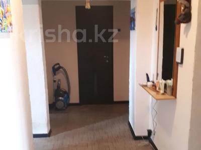 3-комнатная квартира, 61.2 м², 3/3 этаж, мкр Курылысшы 20 за 16 млн 〒 в Алматы, Алатауский р-н — фото 5