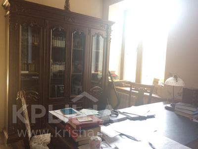10-комнатный дом, 400 м², 6 сот., Дулатова 126 за 150 млн ₸ в Семее — фото 5