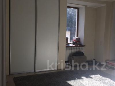 10-комнатный дом, 400 м², 6 сот., Дулатова 126 за 150 млн ₸ в Семее — фото 7