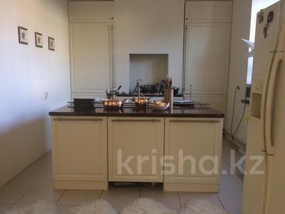 10-комнатный дом, 400 м², 6 сот., Дулатова 126 за 150 млн ₸ в Семее — фото 12