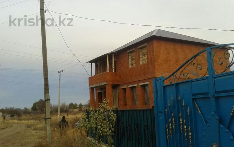 5-комнатный дом, 270 м², 8 сот., Олимпиец-2 209 за 10.5 млн ₸ в Акжаре
