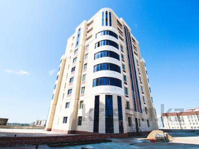 1-комнатная квартира, 53 м², 11/12 этаж, Сарыкол 32/2а — Ахмета Байтурсынова за 15.8 млн 〒 в Нур-Султане (Астана), Есиль р-н