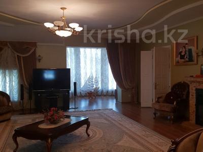 10-комнатный дом, 365 м², 9 сот., Ельшебек Батыра — Тауке Хана за 70 млн ₸ в Шымкенте, Енбекшинский р-н — фото 11