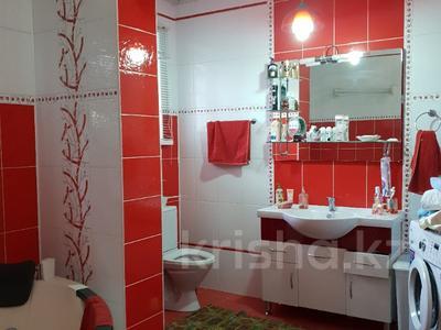 10-комнатный дом, 365 м², 9 сот., Ельшебек Батыра — Тауке Хана за 70 млн ₸ в Шымкенте, Енбекшинский р-н — фото 5
