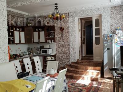 10-комнатный дом, 365 м², 9 сот., Ельшебек Батыра — Тауке Хана за 70 млн ₸ в Шымкенте, Енбекшинский р-н — фото 6
