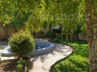 10-комнатный дом, 365 м², 9 сот., Ельшебек Батыра — Тауке Хана за 70 млн ₸ в Шымкенте, Енбекшинский р-н — фото 8