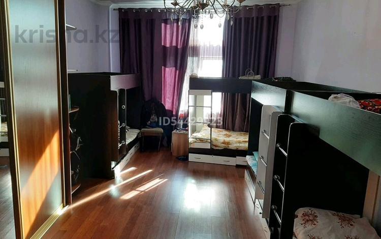 4 комнаты, 188 м², Кунаева 12 — Акмечет за 35 000 〒 в Нур-Султане (Астана), Есиль р-н
