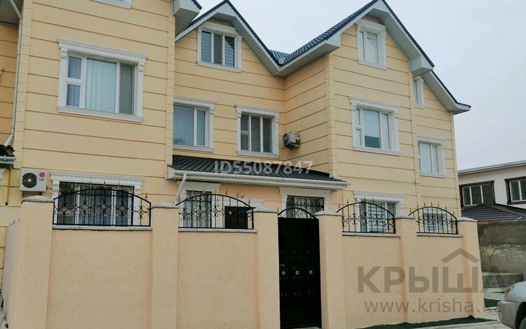 "10-комнатный дом, 400 м², мкр ""Шыгыс 1"" 119 за 58 млн 〒 в Актау, мкр ""Шыгыс 1"""