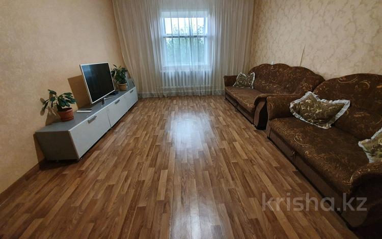 8-комнатный дом, 211 м², 9 сот., Моторный тұйық көшесі 2 — Строителей за 16 млн 〒 в Павлодаре