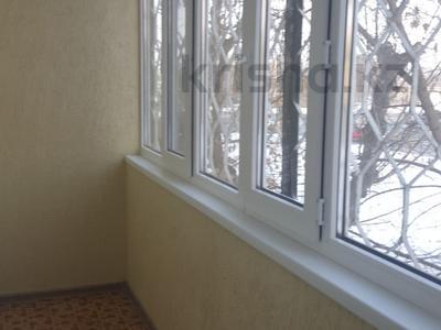 2-комнатная квартира, 68.1 м², 2/5 эт., Абулхаирхана 50 — Жубановой за 13 млн ₸ в Актобе, мкр 8 — фото 3