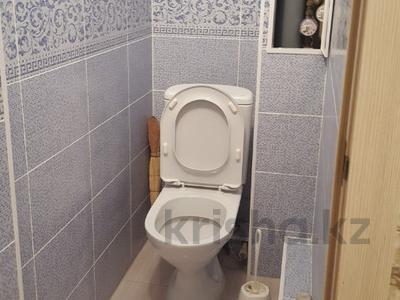 2-комнатная квартира, 68.1 м², 2/5 эт., Абулхаирхана 50 — Жубановой за 13 млн ₸ в Актобе, мкр 8 — фото 12