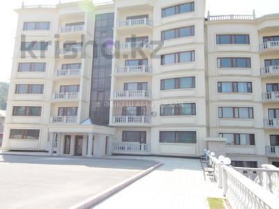 4-комнатная квартира, 244 м², 5/6 этаж, мкр Ерменсай за 96 млн 〒 в Алматы, Бостандыкский р-н