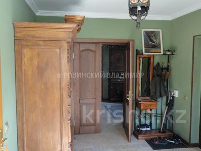 8-комнатный дом, 538.1 м², 10 сот., Аскарова — Бобек за ~ 141 млн ₸ в Алматы, Ауэзовский р-н — фото 10