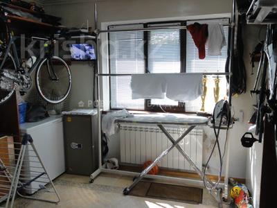8-комнатный дом, 538.1 м², 10 сот., Аскарова — Бобек за ~ 141 млн ₸ в Алматы, Ауэзовский р-н — фото 12