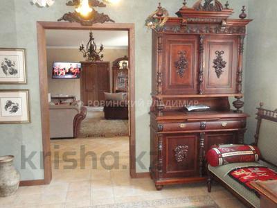 8-комнатный дом, 538.1 м², 10 сот., Аскарова — Бобек за ~ 141 млн ₸ в Алматы, Ауэзовский р-н — фото 17