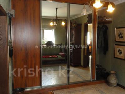 8-комнатный дом, 538.1 м², 10 сот., Аскарова — Бобек за ~ 141 млн ₸ в Алматы, Ауэзовский р-н — фото 18