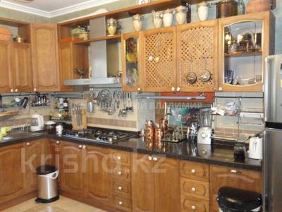 8-комнатный дом, 538.1 м², 10 сот., Аскарова — Бобек за ~ 141 млн ₸ в Алматы, Ауэзовский р-н — фото 29